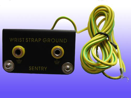 Anti Static ESD Consumables Yellow Green Line Grounding Type Receptacle